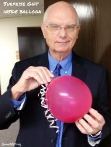 pop-balloon-for-gift-inside-gift-idea-sunburst-gifts