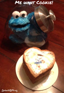 Cookie-Monster-cookie-jar-me-want-cookie-thoughtful-gift-idea