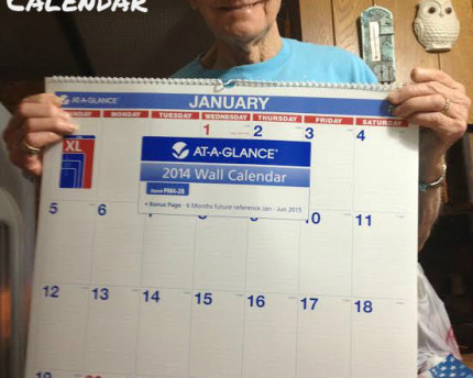 large-print-at-a-glance-calendar-thoughtful-gift-idea