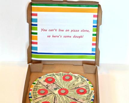 pizza-box-money-thoughtful-graduation-gift
