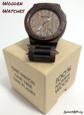 wood-watch-father's-day-thoughtful-gift-idea