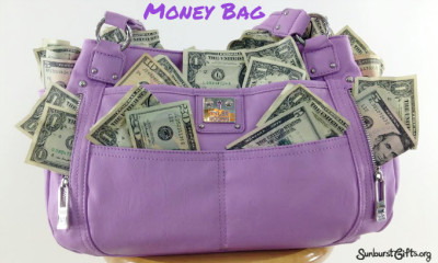 money-bag-thoughtful-gift-idea