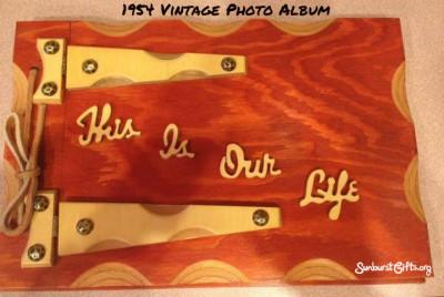 vintage-photo-album-thoughtful-gift-idea