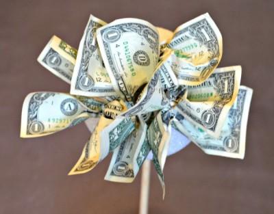 diy-money-tree-topiary-gift1