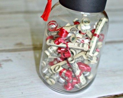 graduation-hat-money-jar-gift