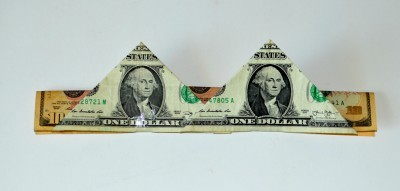money-crown-creative-gift-attach