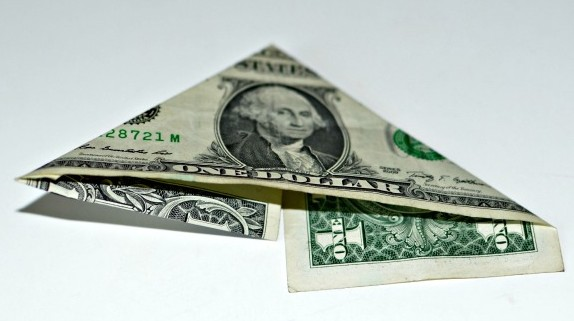 money-crown-creative-gift-folded-triangle