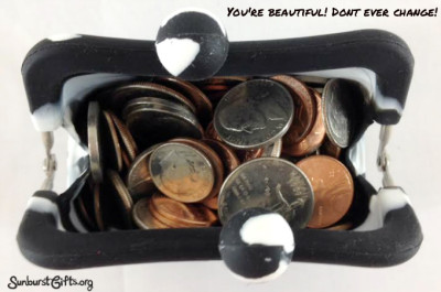 coin-purse-with-change-thoughtful-gift-idea
