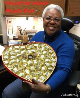 valentine-heart-money-box-thoughtful-gift-idea