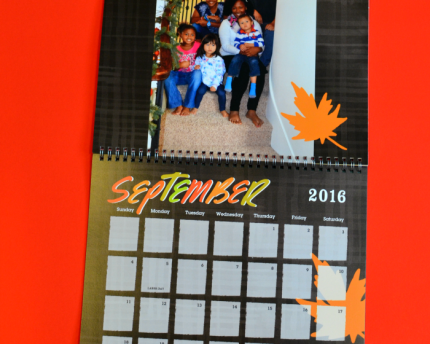 custom-photo-calendar-thoughtful-gift