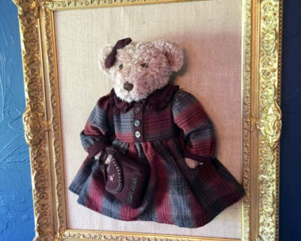 teddy-bear-framed-thoughtful-gift-idea