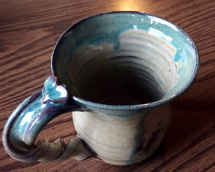 favorite-ergonomic-pottery-mug-thoughtful-gift-idea